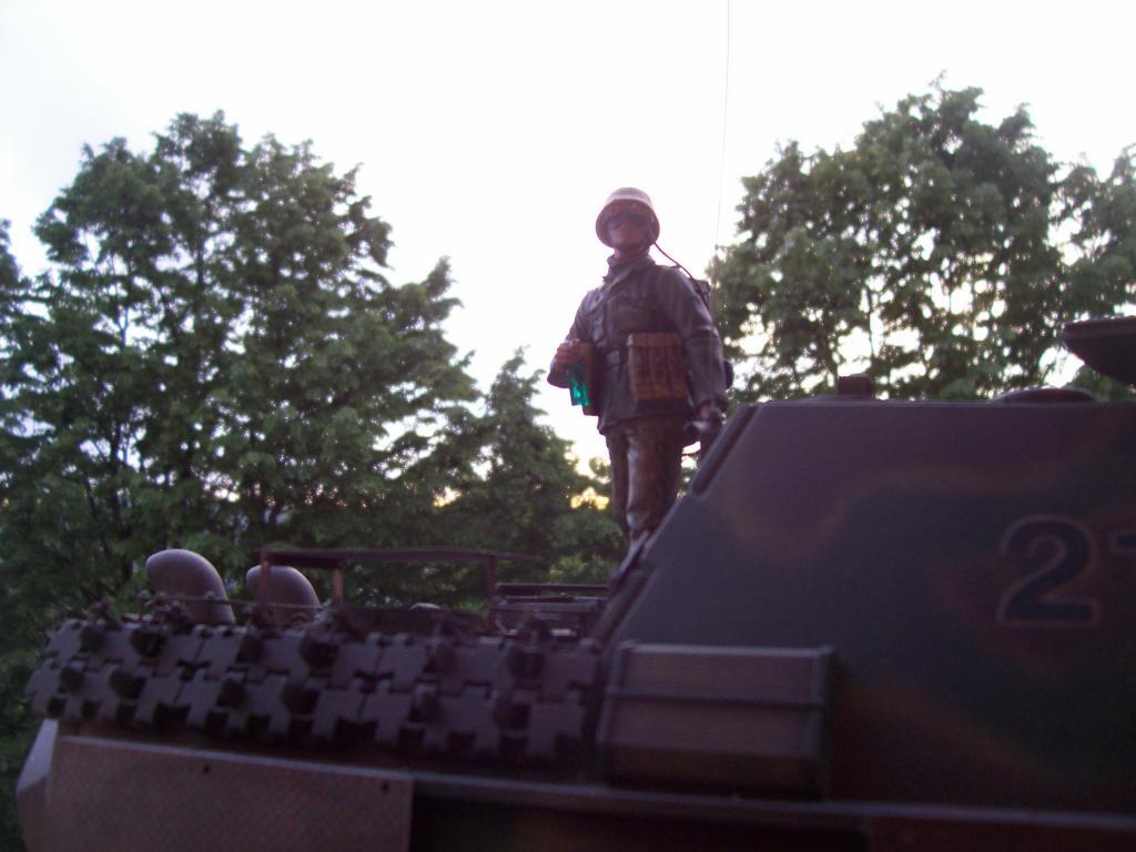 mars 1945:nacht panzerjäger V jagdpanther!!!(1/16eme) - Page 3 100_5161-349fae2