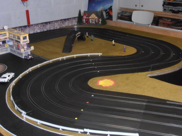 Nouveau club: Slot Racing Club Namur - Page 2 P4230025-33da220